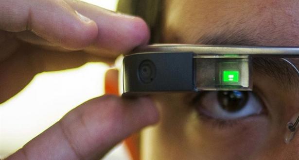 Photo of نظارة جوجل قد تساعد الأطفال المصابين بالتوحد على قراءة تعابير الوجوه