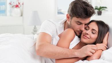 صورة كيف تزيدين من إهتمام  و حب زوجك لك