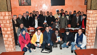 صورة مقهى قصر فرعون بزرهون يحتضن حفل توقيع رواية الأديب حسن إمامي