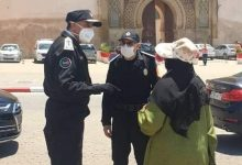 Photo of السيد عبد اللطيف الحموشي ينزل للشارع بمدينة مكناس لتفقد عملية تطبيق الأمن لإجراءات حالة الطوارئ الصحية