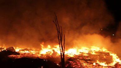 صورة اندلاع حريق بأحد المستودعات في حي بوخالف بمدينة طنجة