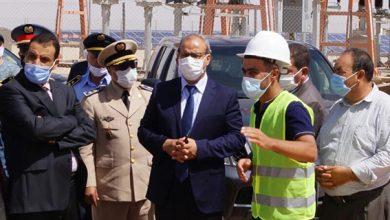 صورة عامل اقليم بولمان السيد عبد الحق حمداوي يقوم بزيارة ميدانية لمشروع الطاقة الشمسية بويزغت.