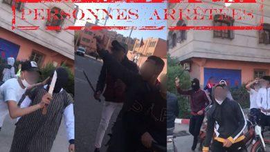 صورة توقيف ثلاثة أشخاص بحوزتهم السلاح الأبيض يهددون سلامة الأشخاص والممتلكات بمراكش