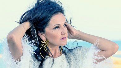 """صورة تانيا صالح تطلق ألبومها الجديد """"10 م"""" بكلماتها وألحانها"""
