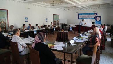 صورة لتنمية قدراتهم..موظفون مكلفون بتلقي طلبات المعلومات بالشرق في دورة تكوينية لجمعية رواد التغيير