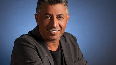 صورة الفنان عمر العبداللات يهدي الجمهور الخليجي أغنية بنلتقي