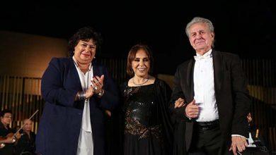 صورة عفاف راضي تحيي أولى حفلاتها الغنائية في دار الأوبرا المصرية بعد غياب بمشاركة ابنتها مي كمال
