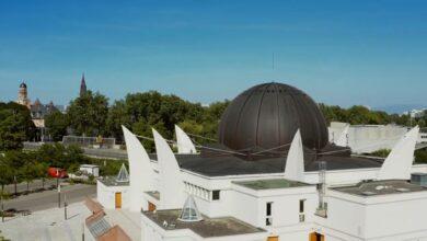 صورة مسجد سترابورغ الكبير وأبوابه المفتوحة للجمهور على هامش أيام التراث الأروبي بستراسبورغ.