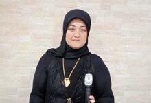 صورة د. سناء الشعلان تؤبّن أمّها نعيمة المشايخ في جمعيّة السّماعنة